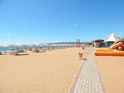 Фото обьекта Пляж Алые Паруса  №221203