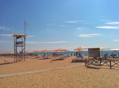 Фото обьекта Пляж Алые Паруса  №221204