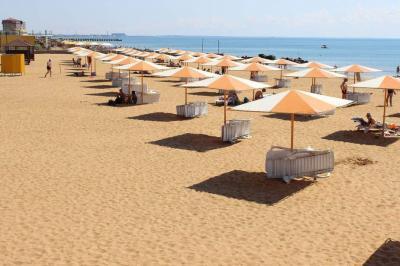Фото обьекта Пляж Алые Паруса  №221206