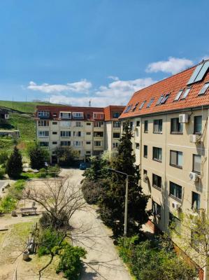 Фото обьекта 2-х комнатная квартира Долинный 21 №223446