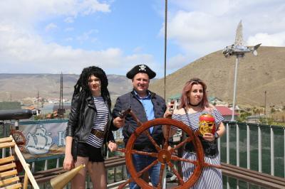 Фото обьекта Отдых на пиратском корабле №211440
