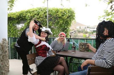 Фото обьекта Отдых на пиратском корабле №211497