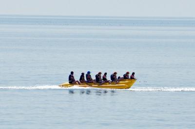 Фото обьекта Водные аттракционы на центральном пляже №141160